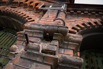 Фрагмент старого каменного купеческого здания