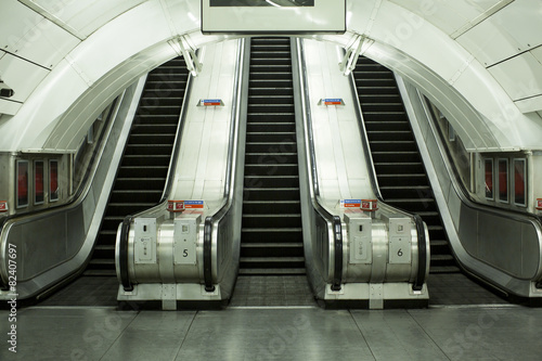 Empty subway escalator - 82407697