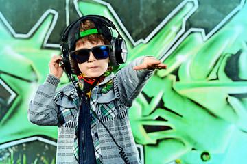 rap headphones
