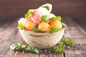 salad with melon and mozzarella