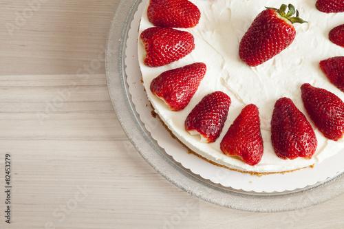 Erdbeer-Joghurt-Sahnetorte - 82453279
