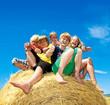 Leinwanddruck Bild - Gruppe glücklicher Kinder