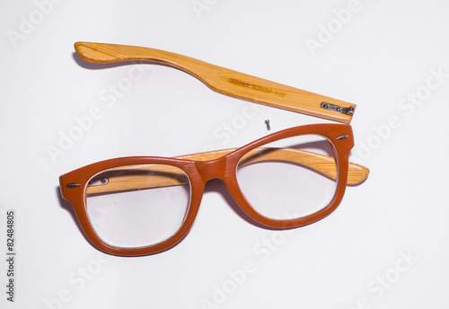canvas print picture broken glasses on white background