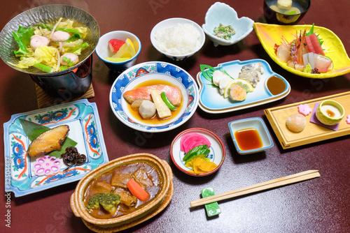 Deurstickers Japan Abendessen im japanischen Ryokan
