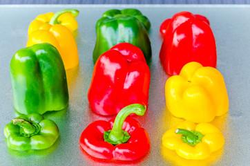 Rote, Grüne, Gelbe Paprika