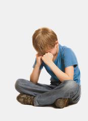 Фото маленький мальчик расстроенный