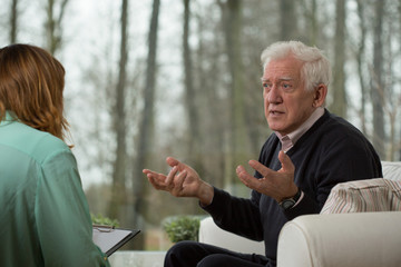 Psychoterapist interviewing