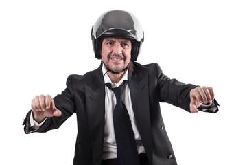 Uomo d'affari in moto