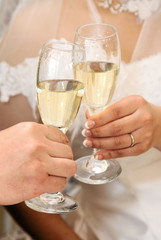 乾杯,結婚披露宴での新郎新婦による祝杯