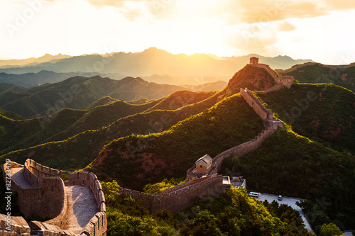 Poster Great wall under sunshine during sunset