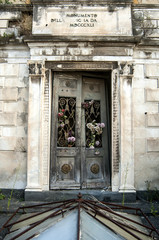cimitero monumentale di napoli