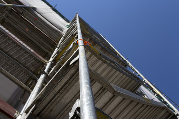 A scaffolding for reaching the top and work safely