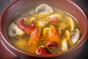 えびのアヒージョ スペイン料理  dish fried in garlic oil Spanish food