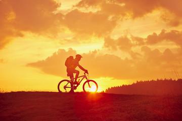 Radfahrer auf dem Berg