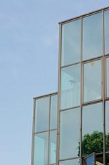 外壁がガラス