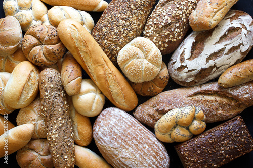 Fototapety, obrazy : Many mixed breads and rolls shot from above.