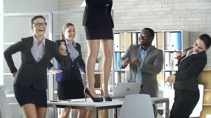 Desktop Dance
