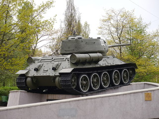 T-34  as a monument to the heroes feats memory in Kaliningrad