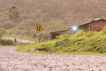 casa en el camino