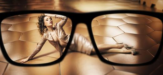 Focus on glamorous brunette woman