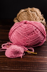 crochet with two ball of yarn and hook