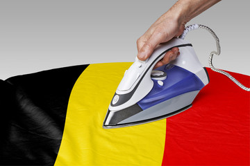 smooth out the wrinkles of Flag-Belgium