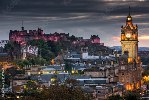 Poster Edinburgh castle and Cityscape at night, Scotland UK