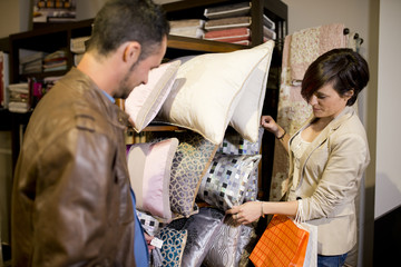 Sopping couple at decoration store