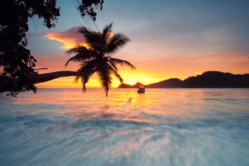 sun goes down - Sonnenuntergang am Strand