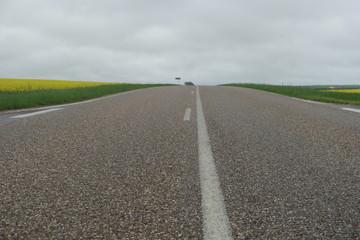 Straße am Land