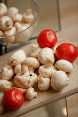 mushrooms champignon tomato white mushroom