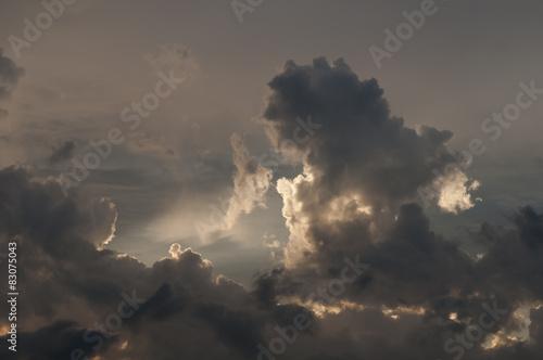 Dramatischer Himmel - 83075043