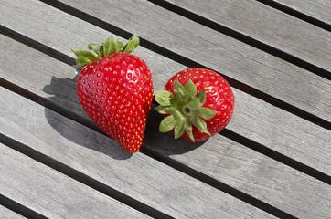 Fresas sobre tabla