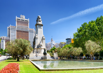 View of the Cervantes monument and the Spain Building