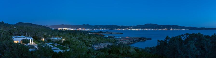 Nachtaufnahme Sant Antoni de Portmany Ibiza