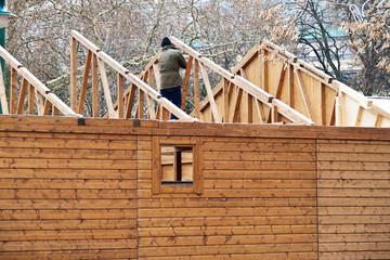 Dachstuhl eines Holzhauses