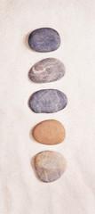 Fünf Steine als Konzept Mosaik