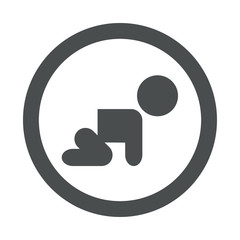 Icono redondo bebe gateando gris