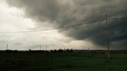 Поле перед дождём. Field before the rain