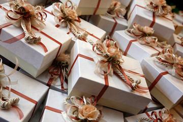Pacchetti regalo per bomboniere