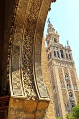 Giralda y Puerta del Perdón, Sevilla, España