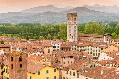 Zdjęcia na płótnie, fototapety na wymiar, obrazy na ścianę : Lucca Tuscany Italy