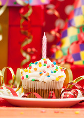 Happy birthday candles cupcake