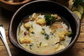 Vegetable soup овощной суп Sopa de verduras شوربة خضار