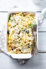 tagliatelle with mushrooms and peas
