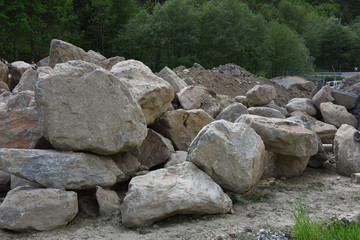 pietre sasso sassi marmo