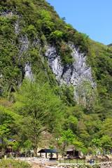 白滝公園 石灰岩の断崖絶壁