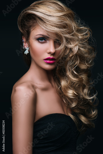 Poster, Tablou beauty girl blond hair curly