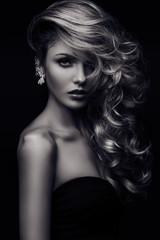 beauty girl curls monochrome_3
