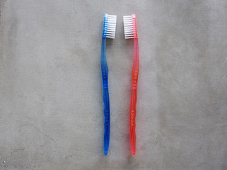 His and hers toothbrushes